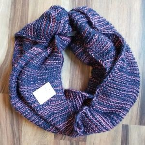 Infinity Scarf • NWT • Blue & Pink